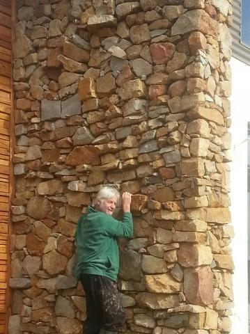 84167672505920140506_104607 Melbourne Stonemasons | Dry Stone Walling | Call 0411 73 76 77