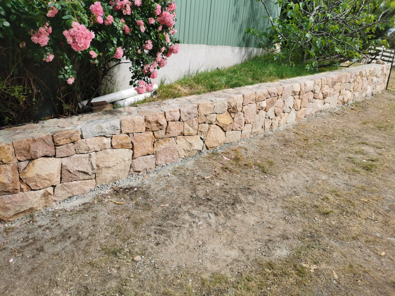 8d77cd88-2a7c-42ee-b66e-bf2f0943040c Melbourne Stonemasons | Dry Stone Walling | Call 0411 73 76 77