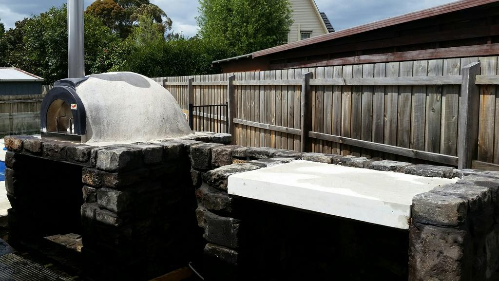 bluestone-pizza-oven Melbourne Stonemasons | Showcase | Call 0411 73 76 77