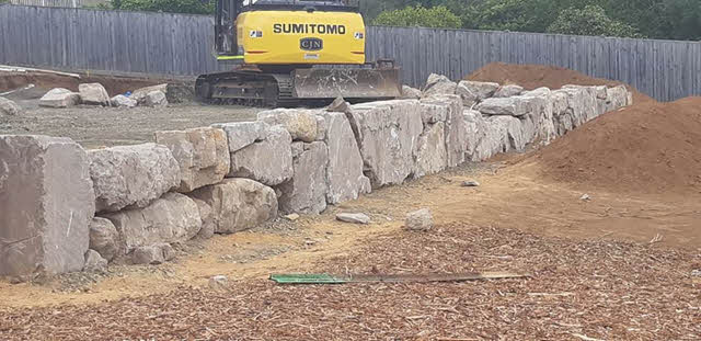 large-rock-wall Melbourne Stonemasons | Large Rock Constructions | 0411 73 76 77