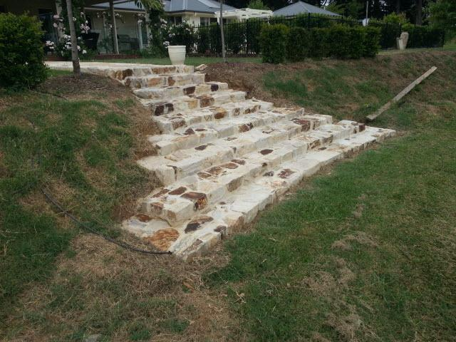 natural%20stone%20from%20trafalgar%20quarry Melbourne Stonemasons | Showcase | Call 0411 73 76 77