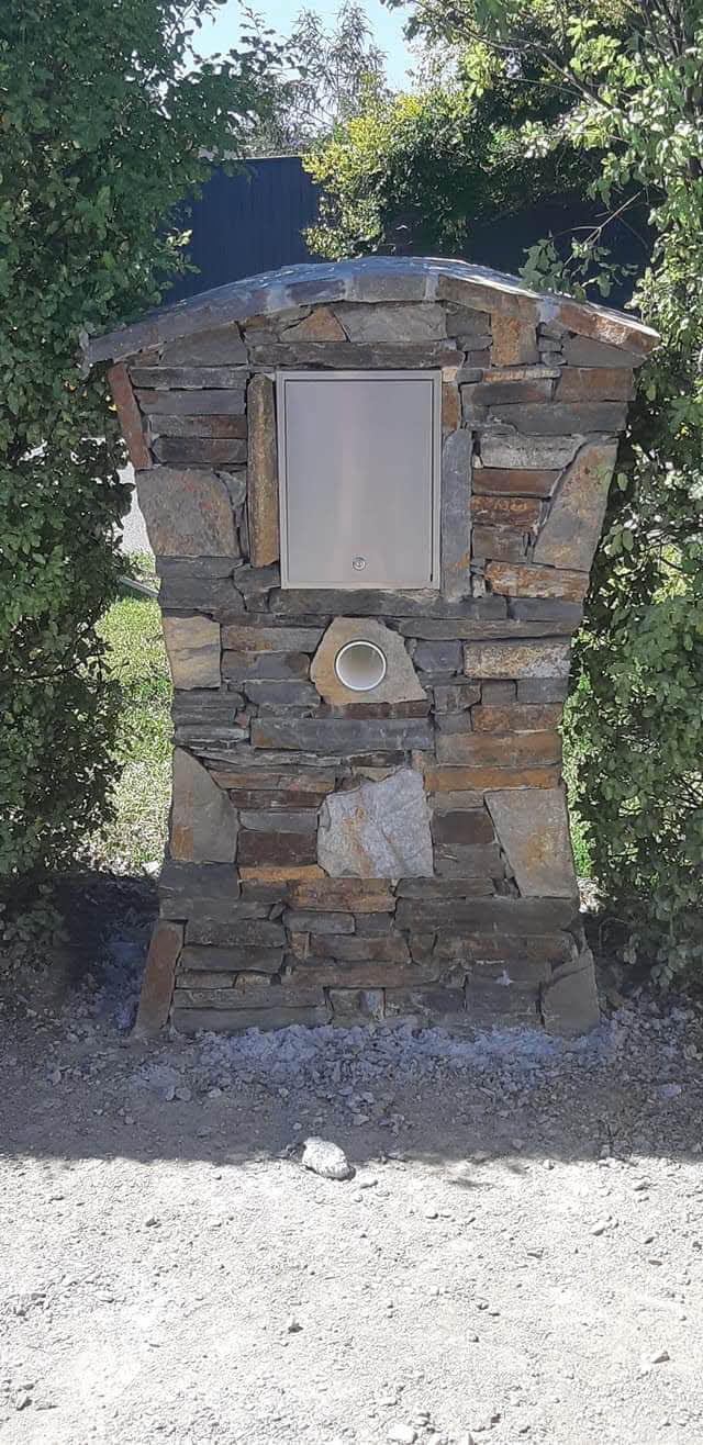 stone-letterbox-rear Melbourne Stonemasons | Dry Stone Walling | Call 0411 73 76 77