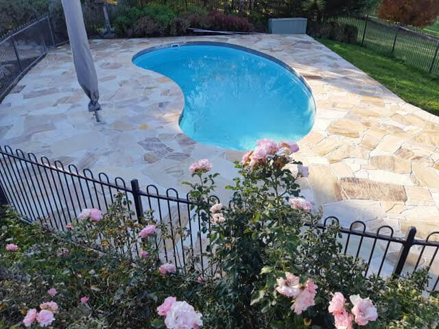 swimming-pool-surround Melbourne Stonemasons | Showcase | Call 0411 73 76 77